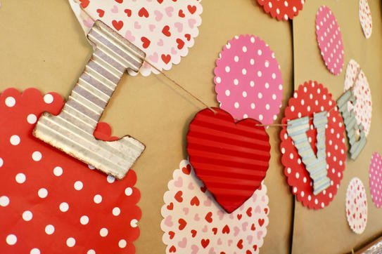I Heart Valentine's Tablescape - Gallery Slide #12