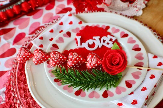 I Heart Valentine's Tablescape - Gallery Slide #13