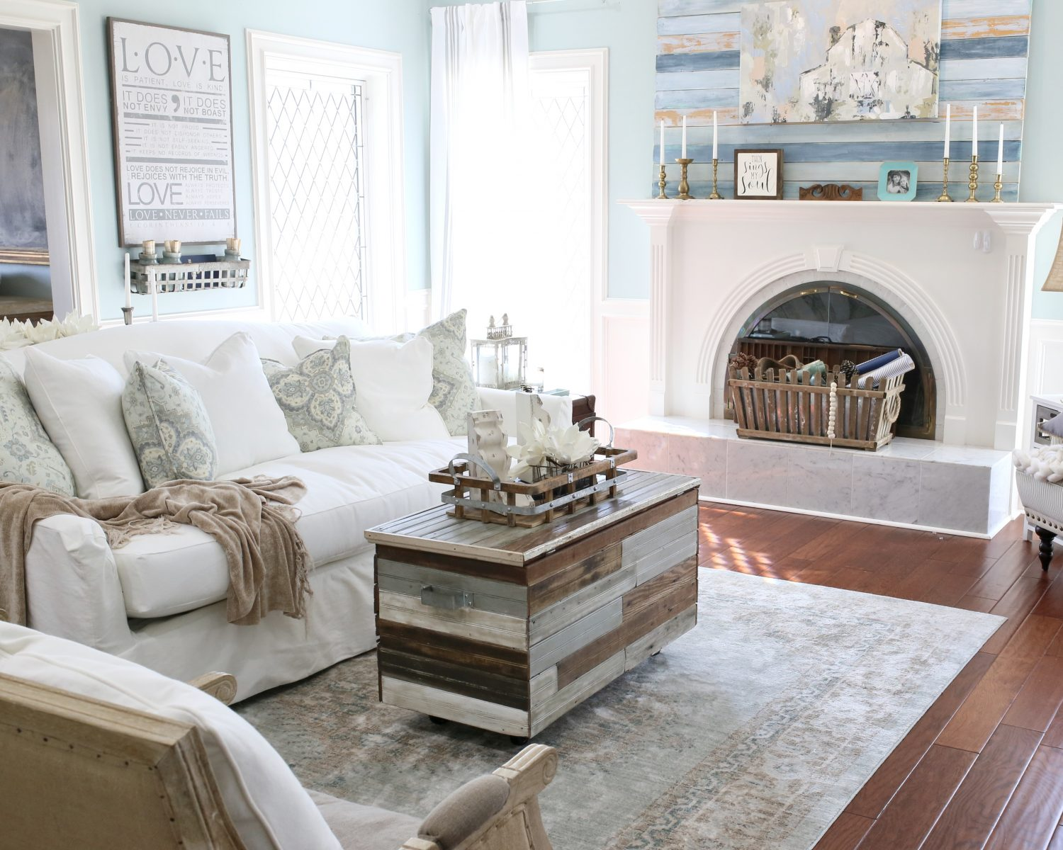 Refresh Your Living Room for Spring | CuterTudor