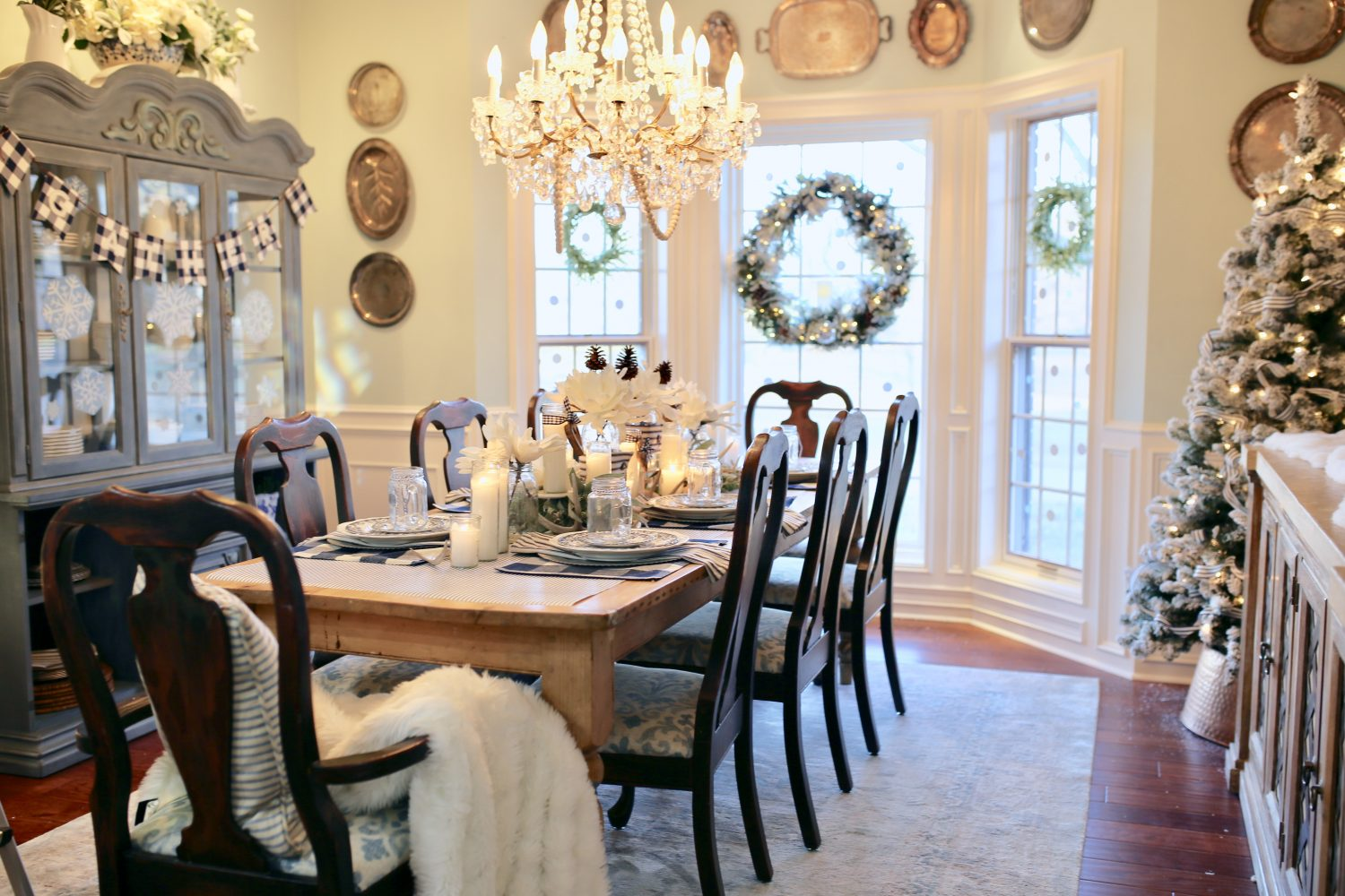 Outstanding How To Style A Table For Winter Cutertudor Download Free Architecture Designs Scobabritishbridgeorg