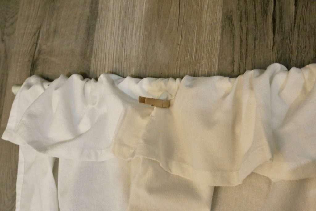 Easy, No Sew DIY Tea Towel Curtains   CuterTudor