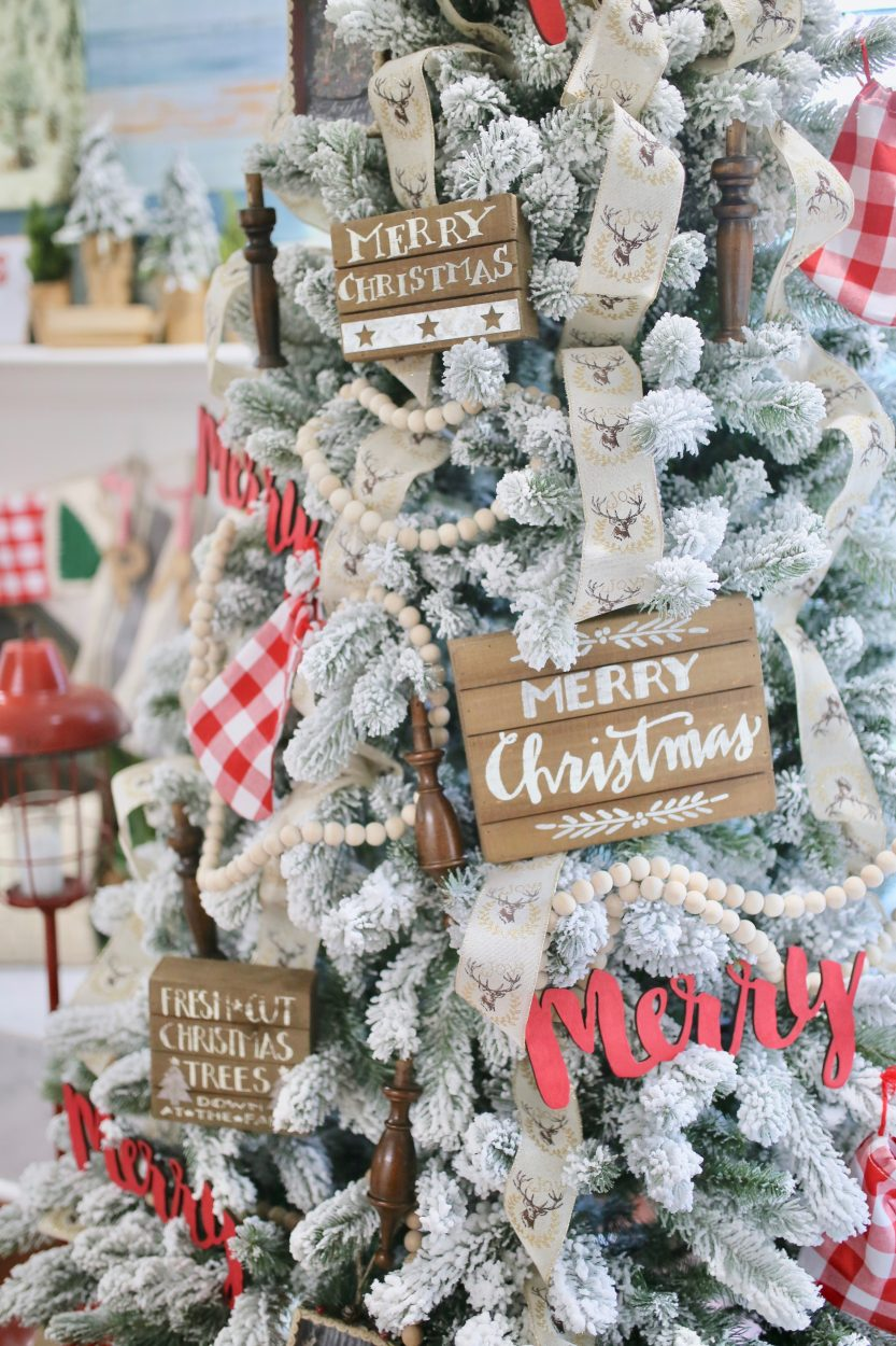 how to style my favorite farmhouse christmas decorations christmas tree decorations