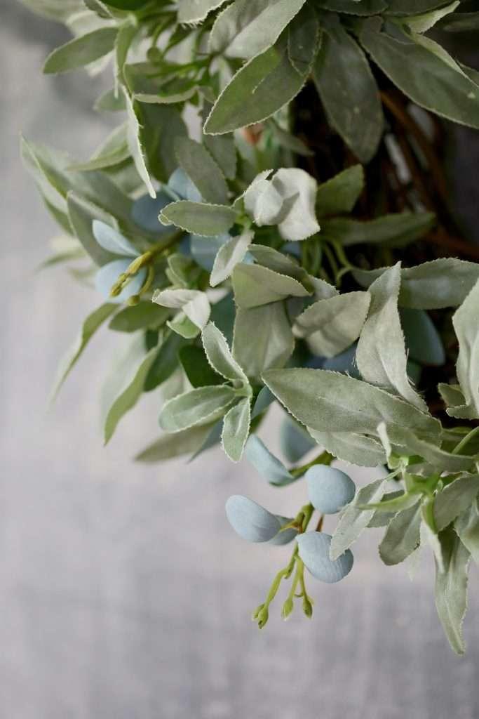 how to make a DIY herb wreath
