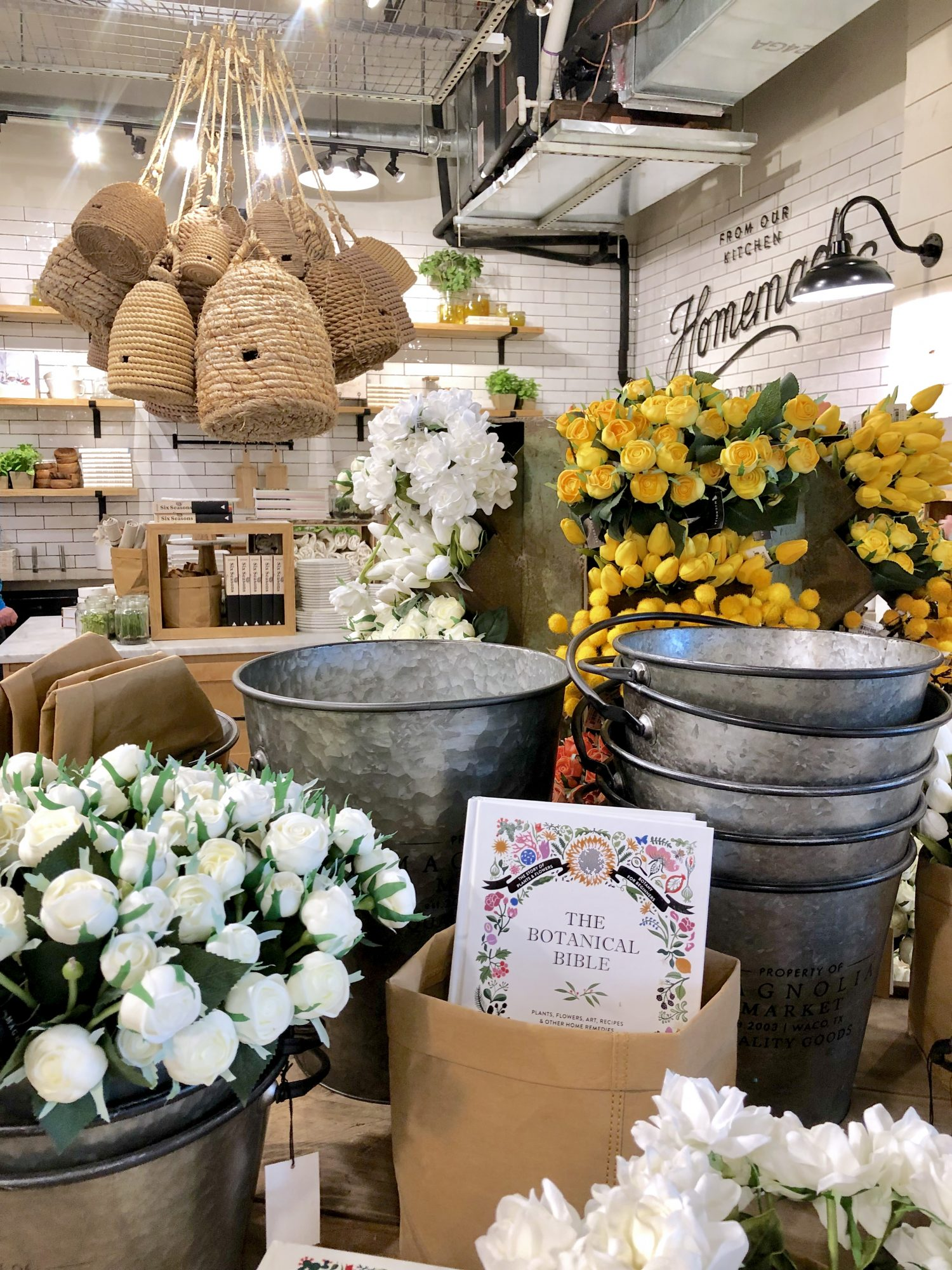 Magnolia Market What Is New For Spring At The Silos Cutertudor