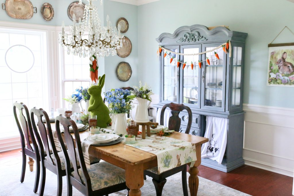 how to set a colorful easter tablescape