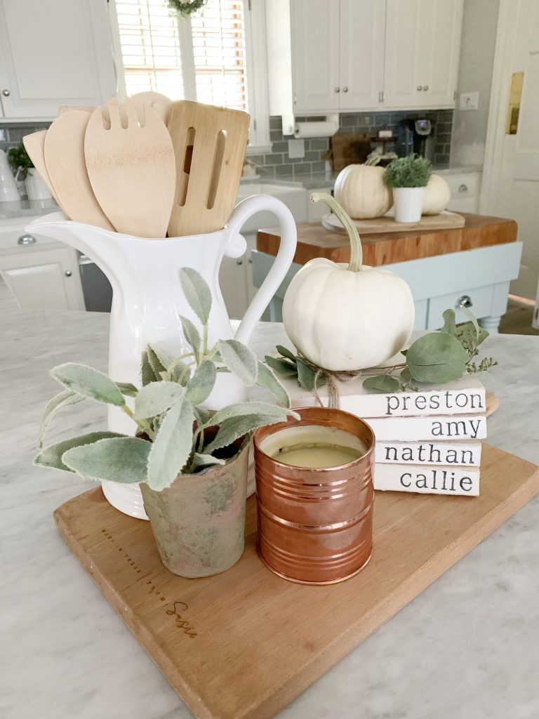 5 Ways To Style A Cutting Board In The Kitchen Cutertudor